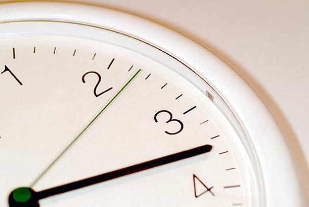 Passage à l'heure d'été ou à l'heure d'hiver : +1 ou -1 heure ?