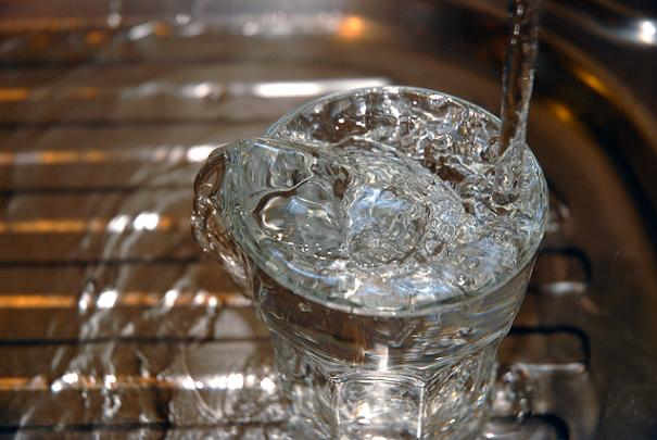 prix_eau_plafonne