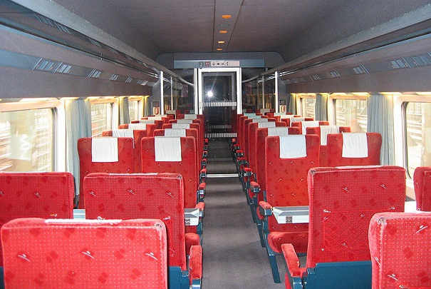 mise en vente du mobilier des trains thalys. Black Bedroom Furniture Sets. Home Design Ideas