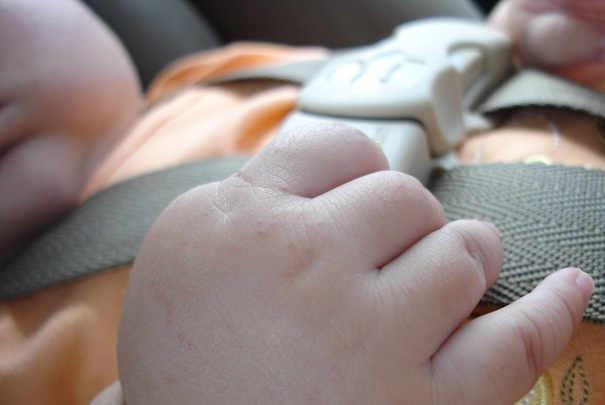 voyager_avec_bebe_en_voiture