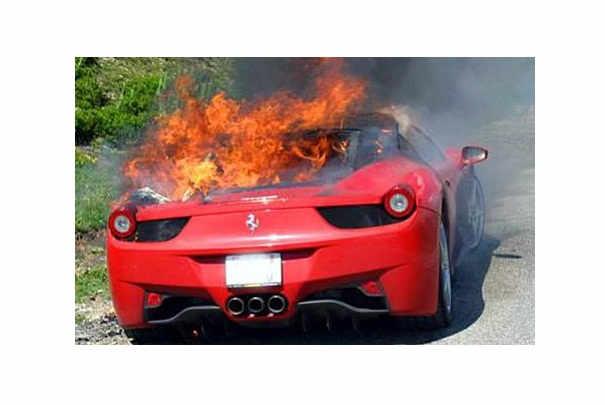 rappel_ferrari_458_italia_suite_incendie