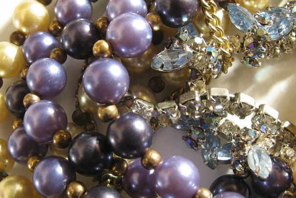 Eviter l'emmêlement des chaînes dans une boîte à bijoux