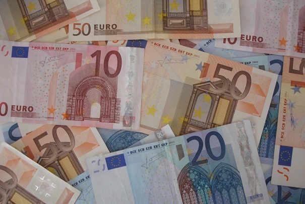 comparatif_taux_livrets_epargne_remuneres_juillet_2011