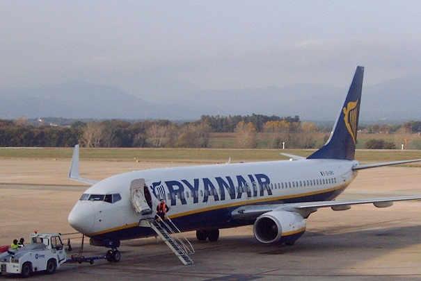 Hausse de 15 des prix des billets d avion low cost ryanair for Interieur avion ryanair