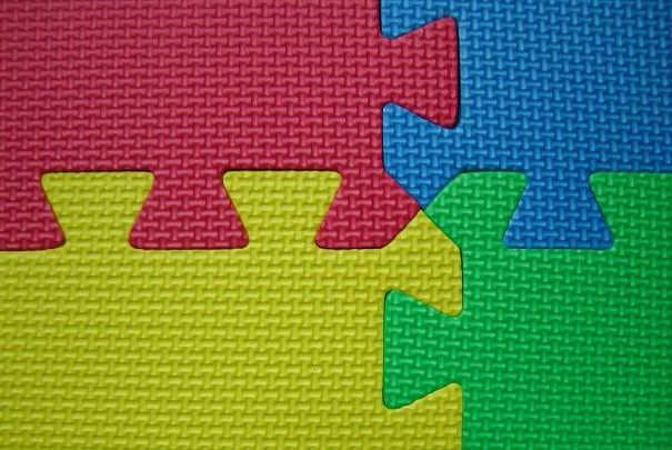 la vente de certains tapis puzzle suspendue jusqu en juillet 2012