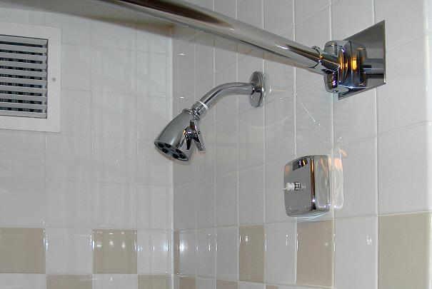 faire briller les quipements de salle de bain. Black Bedroom Furniture Sets. Home Design Ideas