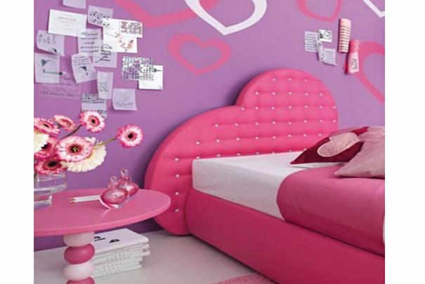 Cr er une v ritable chambre de petite fille - Chambre fille petit espace ...