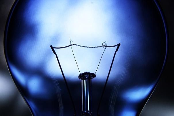 Vers une nouvelle hausse de 2,3 % du prix de l'électricité en janvier 2014