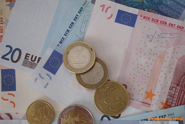 Report de la revalorisation des retraites de base au 1er octobre 2014