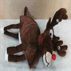 Rappel d'un bonnet en forme de renne vendu par CLAIRE'S